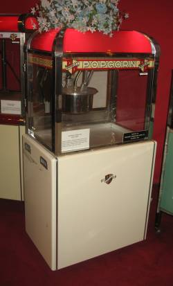 Manley Popcorn Machine 1948